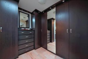 Austin Custom Closet Remodel
